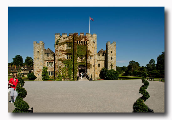 Historic Hever Castle and Gardens with its enchanting double-moated castle and 125 acres of spectacular gardens to explore, offers the visitor plenty to discover ...